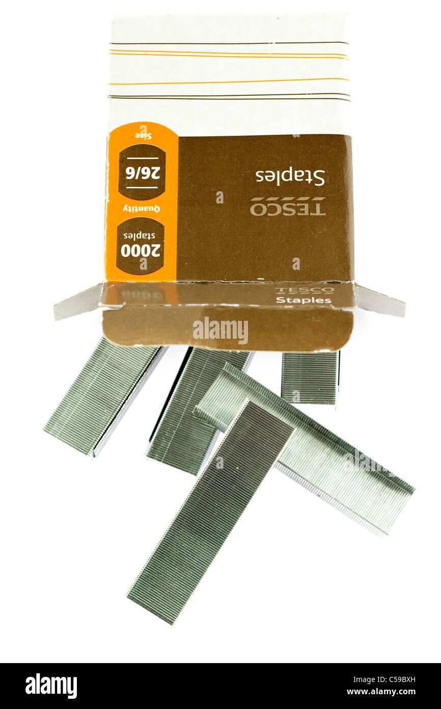 Box of 2000 Tesco size 26/6 staples. - Stock Image