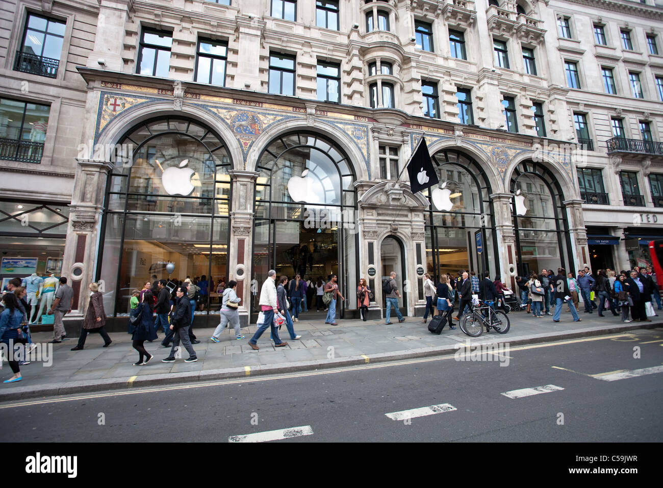 book apple store appointment regent street