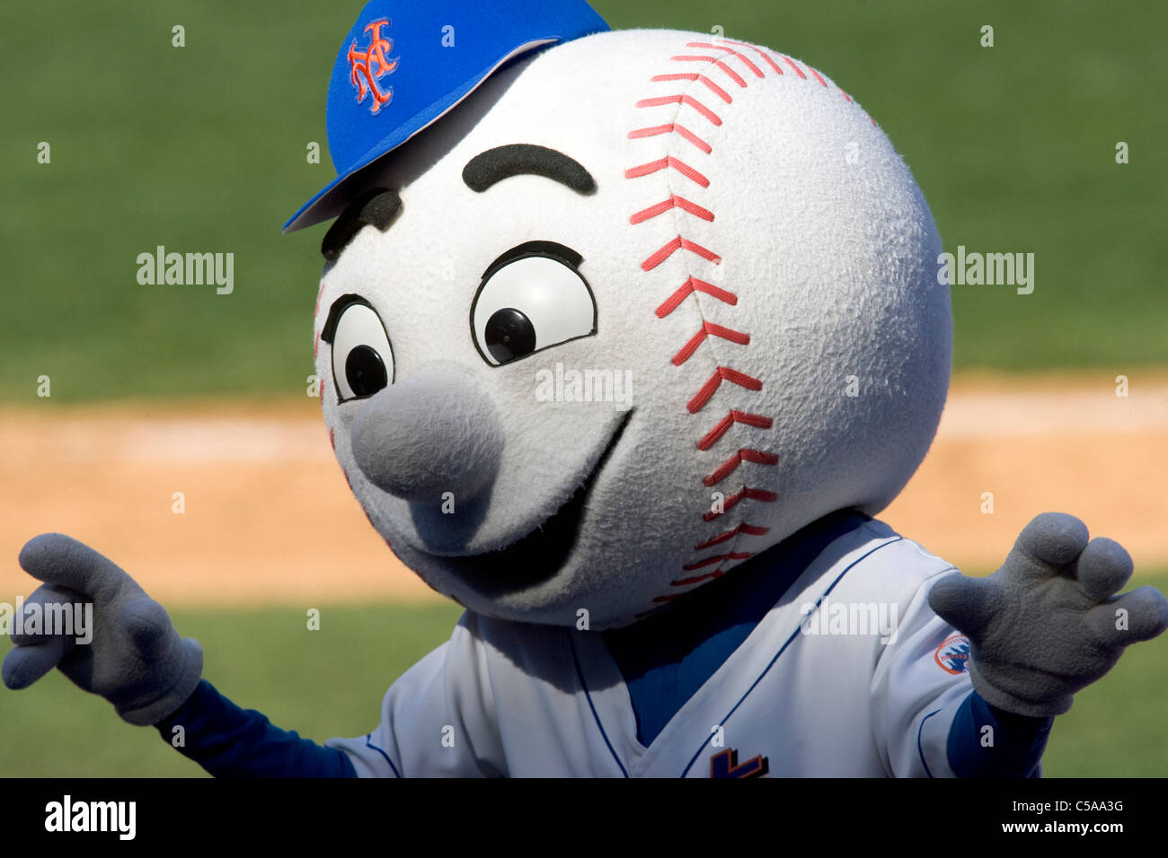 Mr Met during the Houston Astros at New York Mets game Shea Stadium, New York. - Stock Image