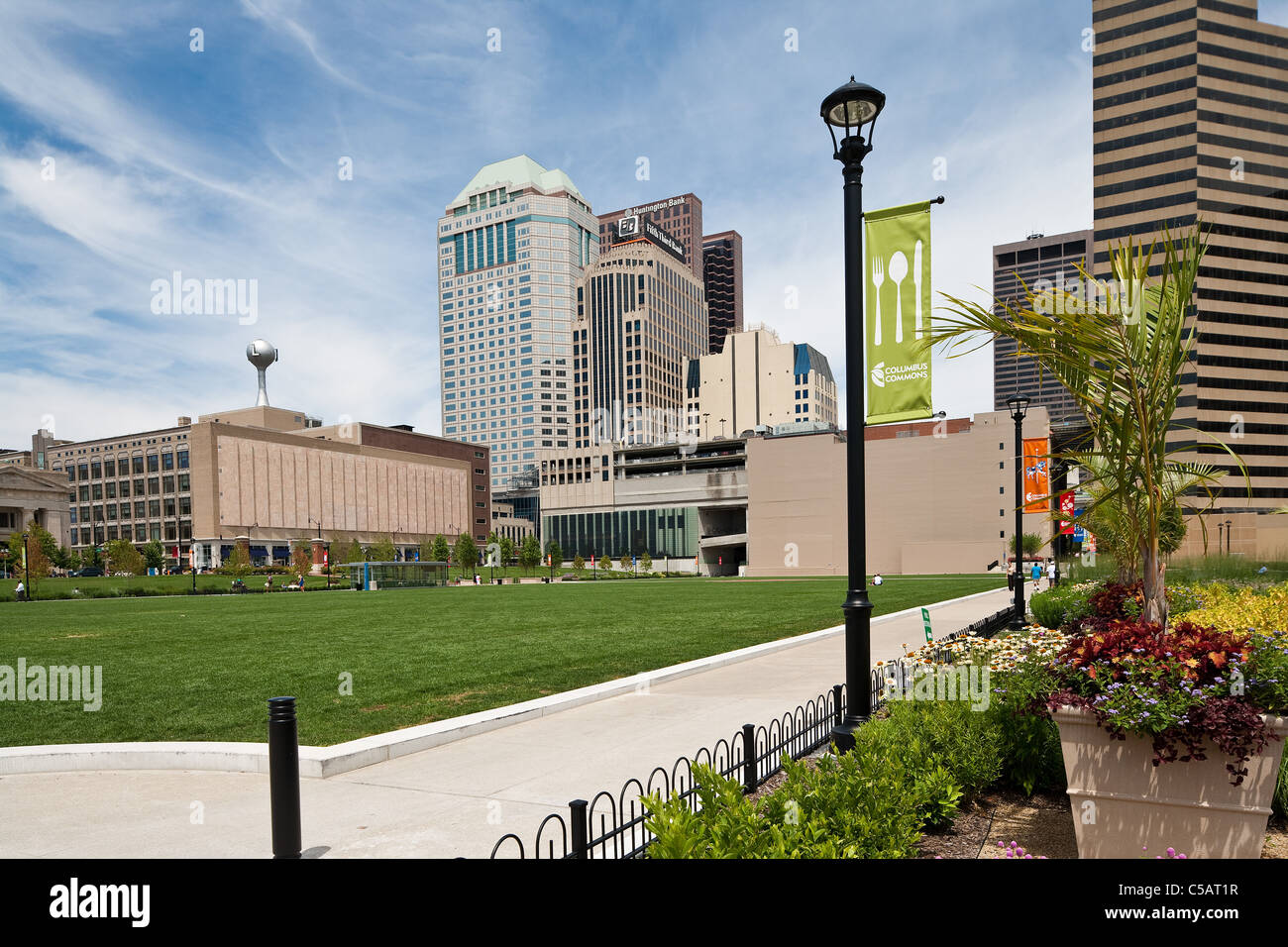 downtown columbus ohio oh skyline commons park - Stock Image