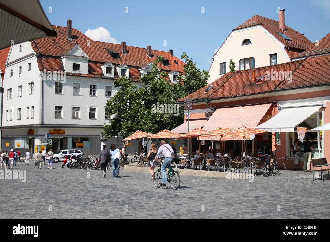 regensburg germany june 19 2008 summer day street scene in stock photo 37753229 alamy. Black Bedroom Furniture Sets. Home Design Ideas