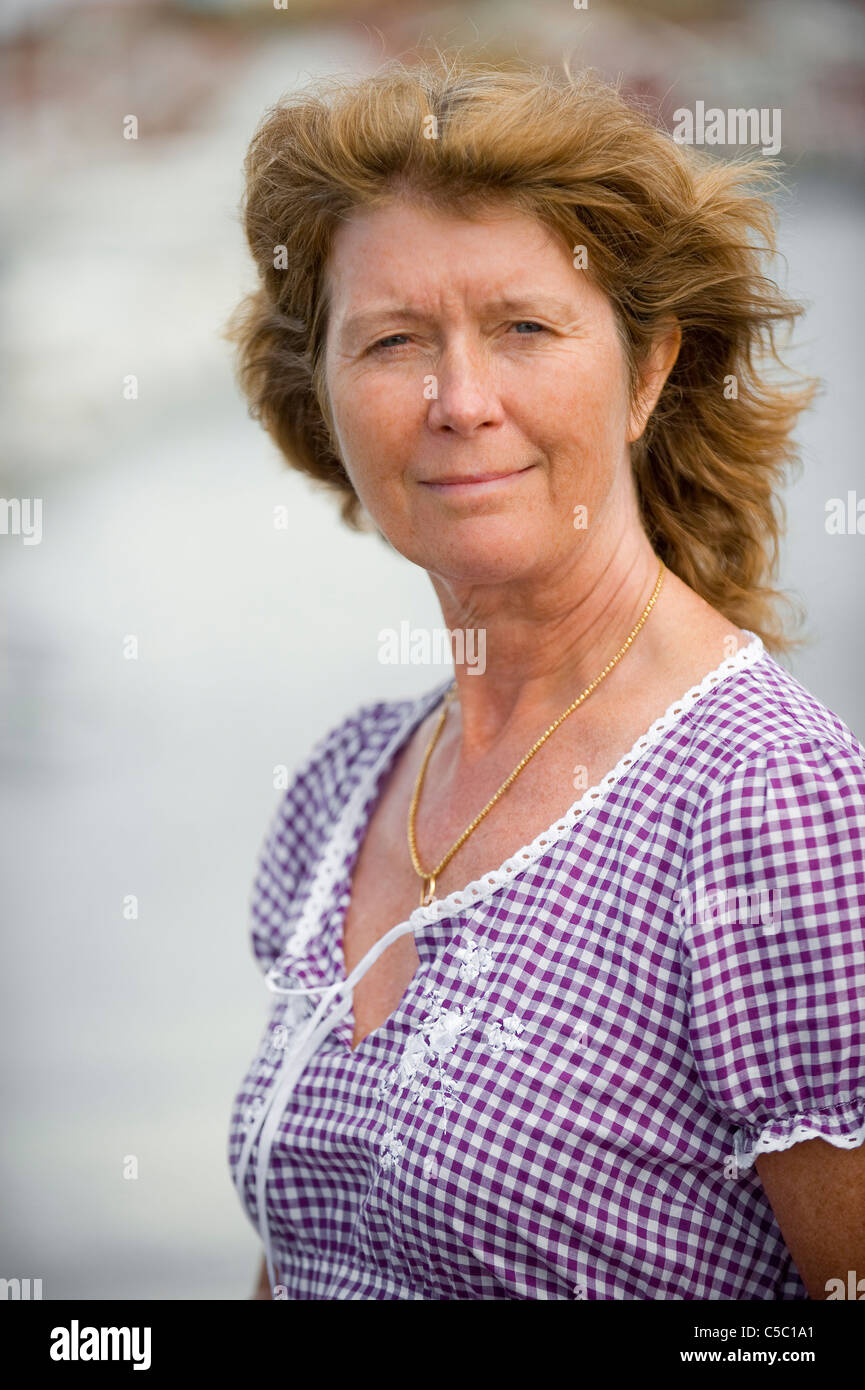 ROBIN: Mature swedish women