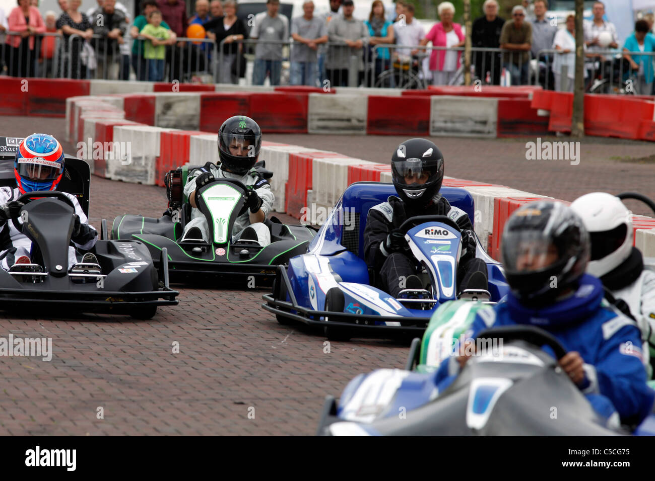 Hydrogen fuel cell cart race  Experimental construction of