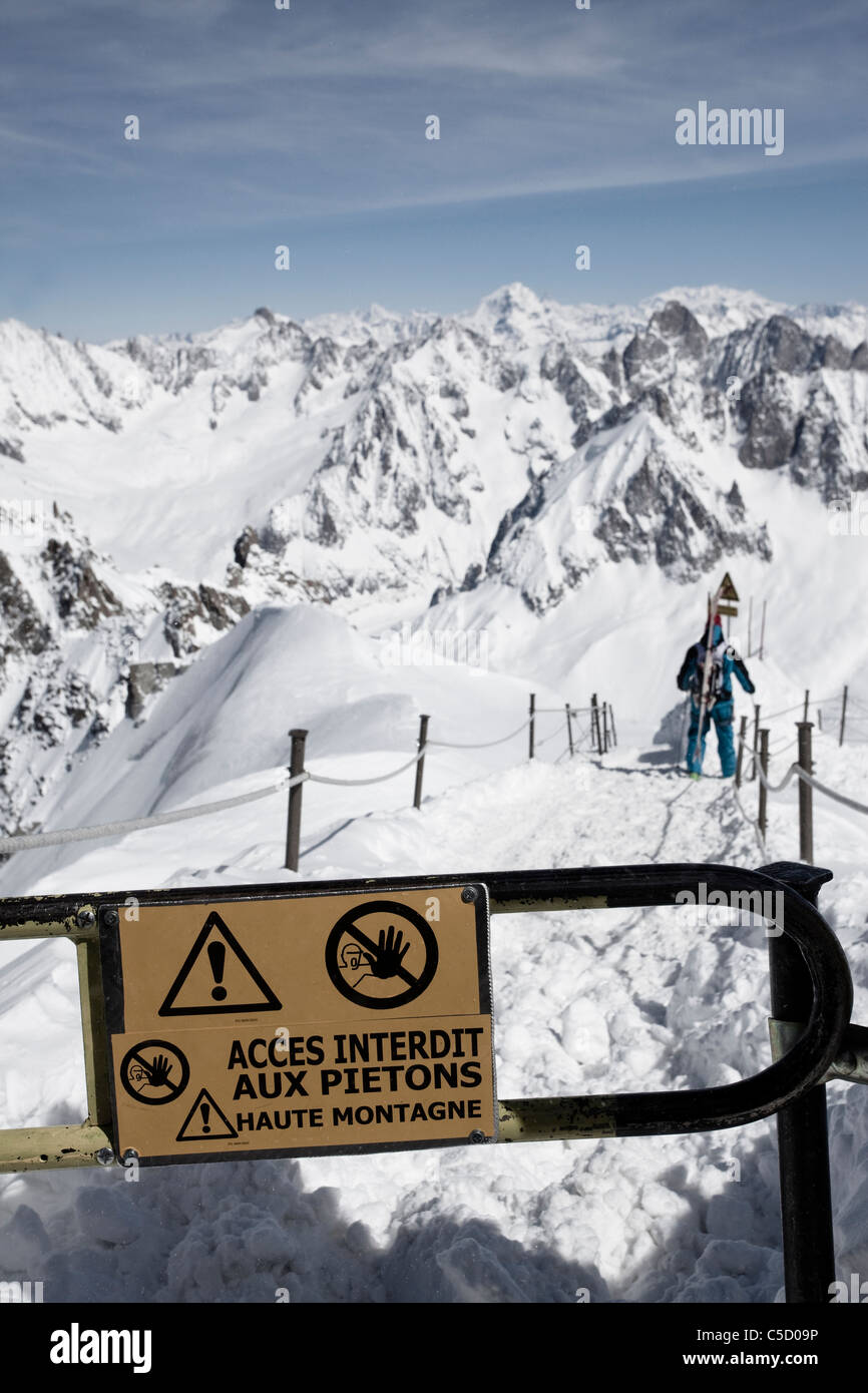 Close-up of a warning sign in the Alps - Stock Image