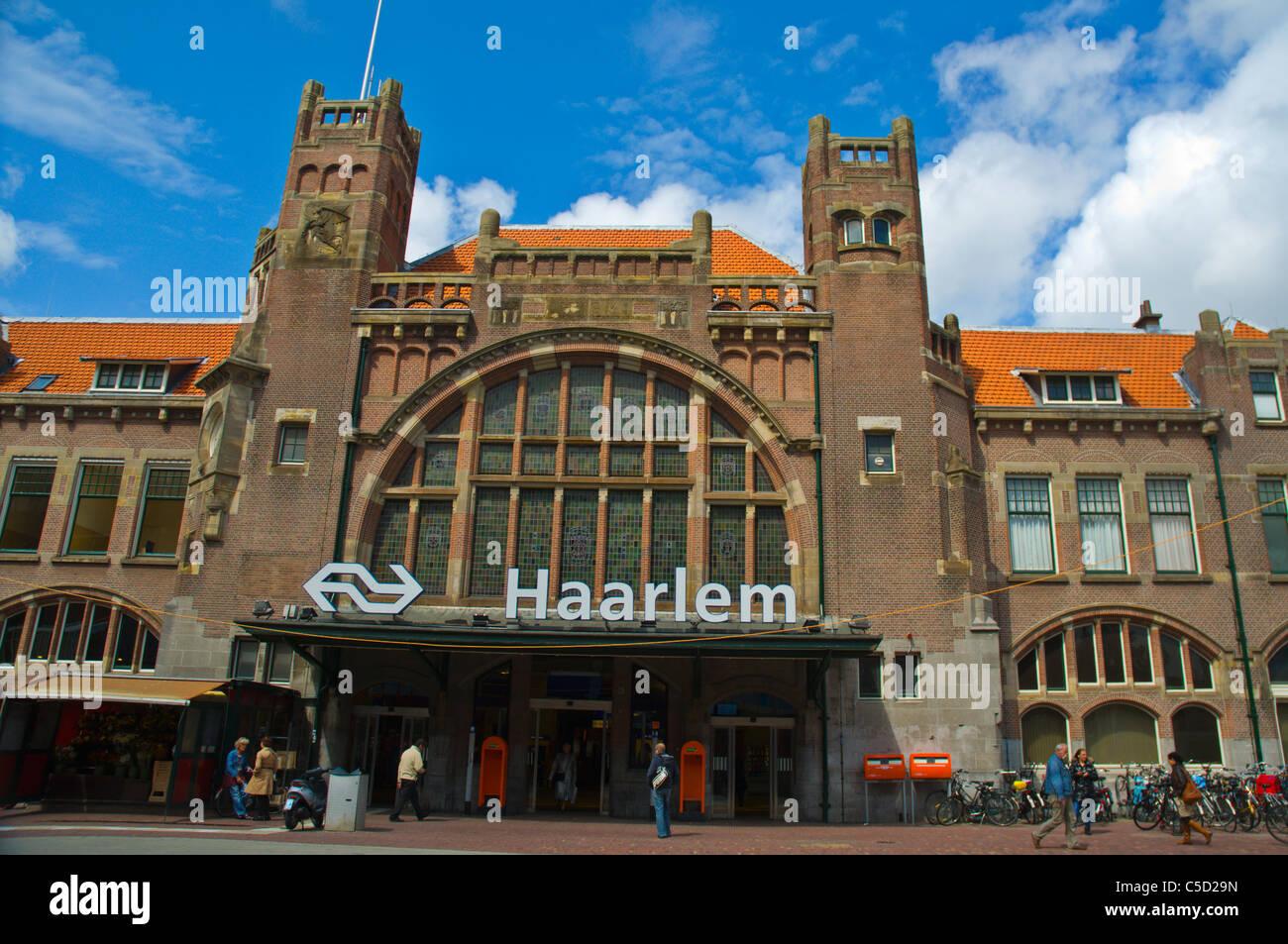 Haarlem centraal main railway station exterior Haarlem town the Stock Photo  - Alamy