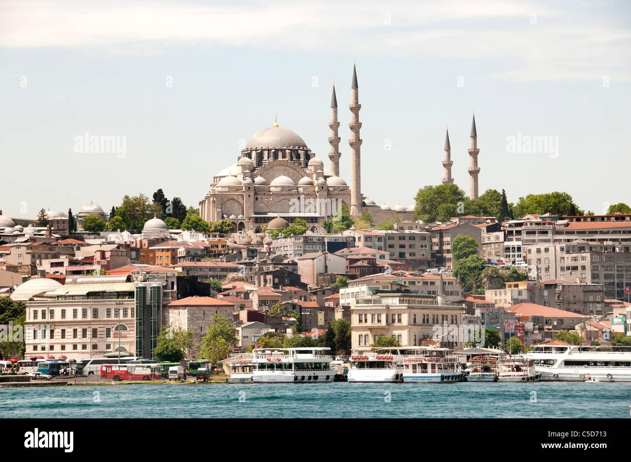 Mosque Suleymaniye Camii Istanbul Turkey Golden Horn - Stock Image