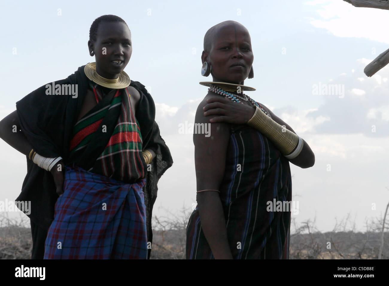 TANZANIA Watatulu tribesmen of Miyuguyu, Shinyanga district. Young and older woman. photograph by Sean Sprague Stock Photo