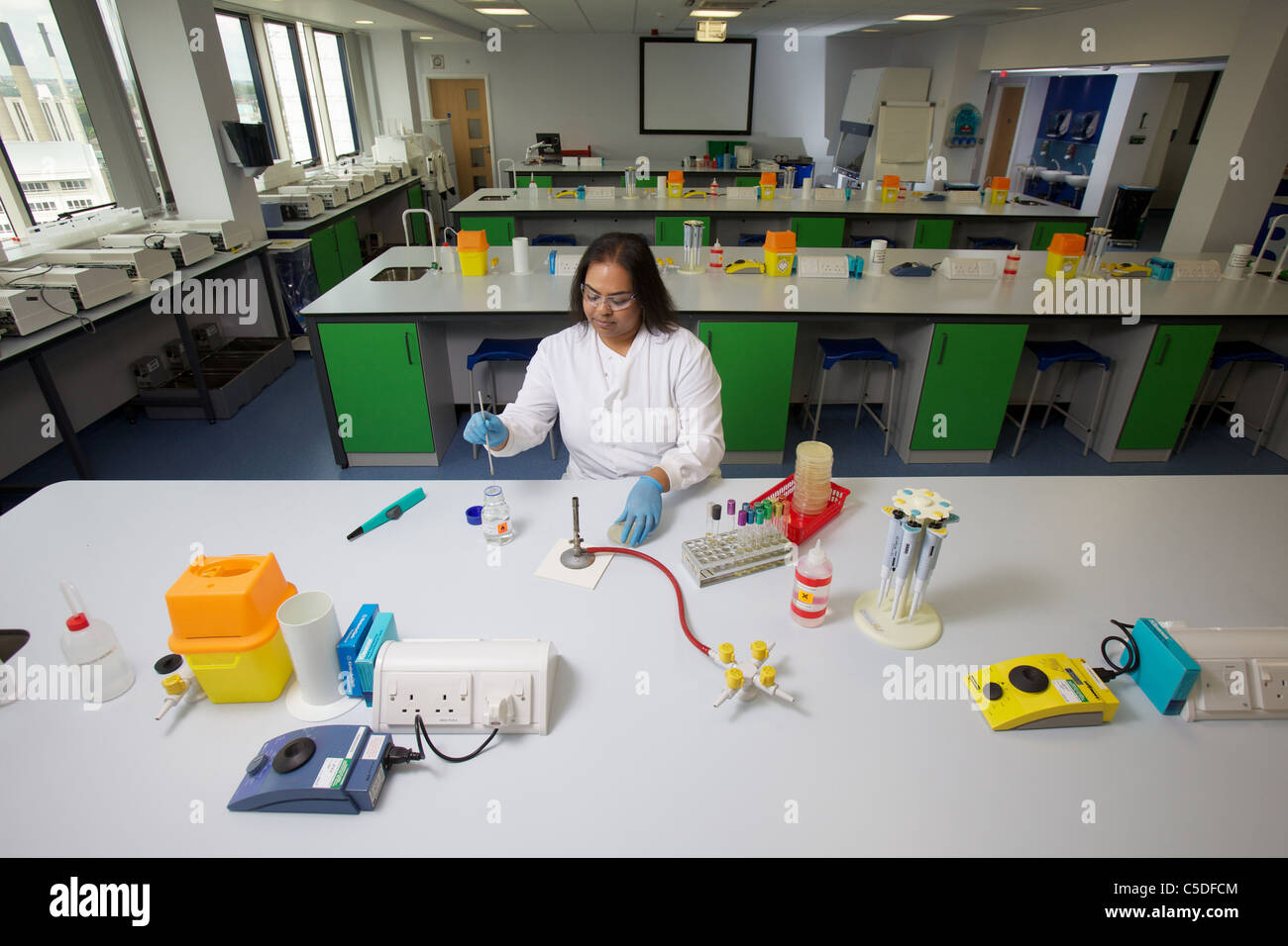 Leeds Metropolitan University.Bio Chemistry Laboratories. - Stock Image