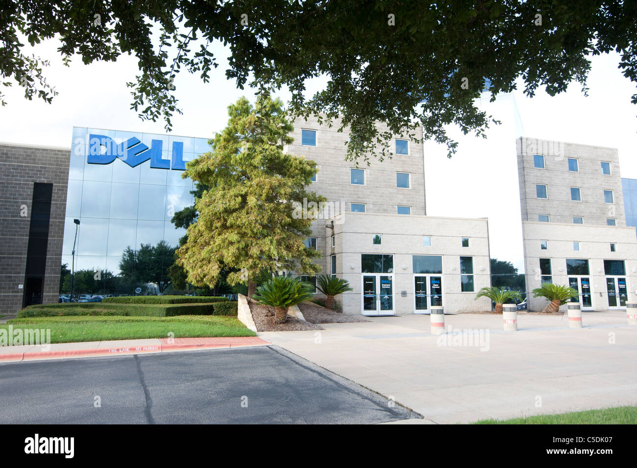 Dell Computers corporate headquarters building in Round Rock, Texas - Stock Image