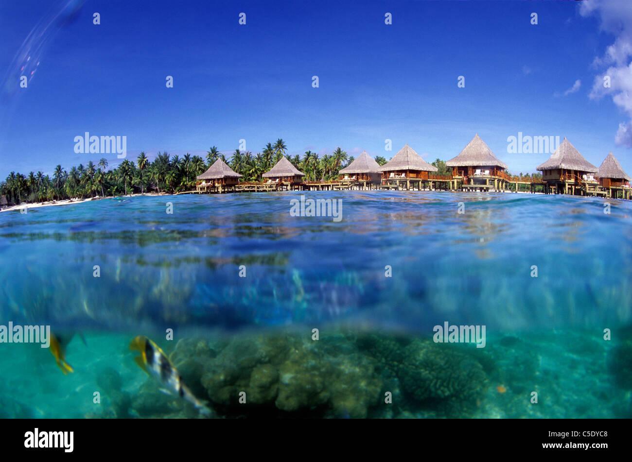 Kia Ora Resort, over water bungalo, Rangiroa,French Polynesia - Stock Image