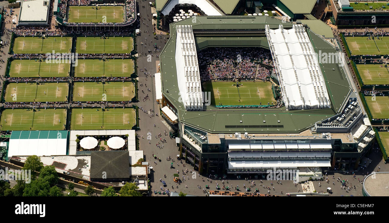 Aerial view of the All England Lawn Tennis Club during play at the 2011 Wimbledon Tennis Championships - Stock Image