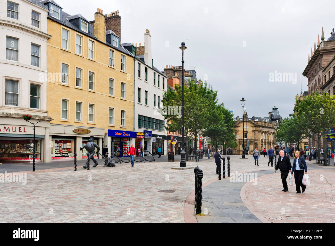 City Square in the town centre, Dundee, Central Lowlands, Scotland, UK - Stock Image