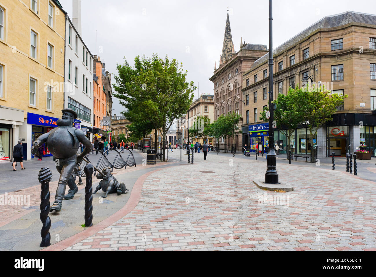 City Square with a statue of Desperate Dan and Dawg (from the Dandy Comic) to the left, Dundee, Central Lowlands, - Stock Image