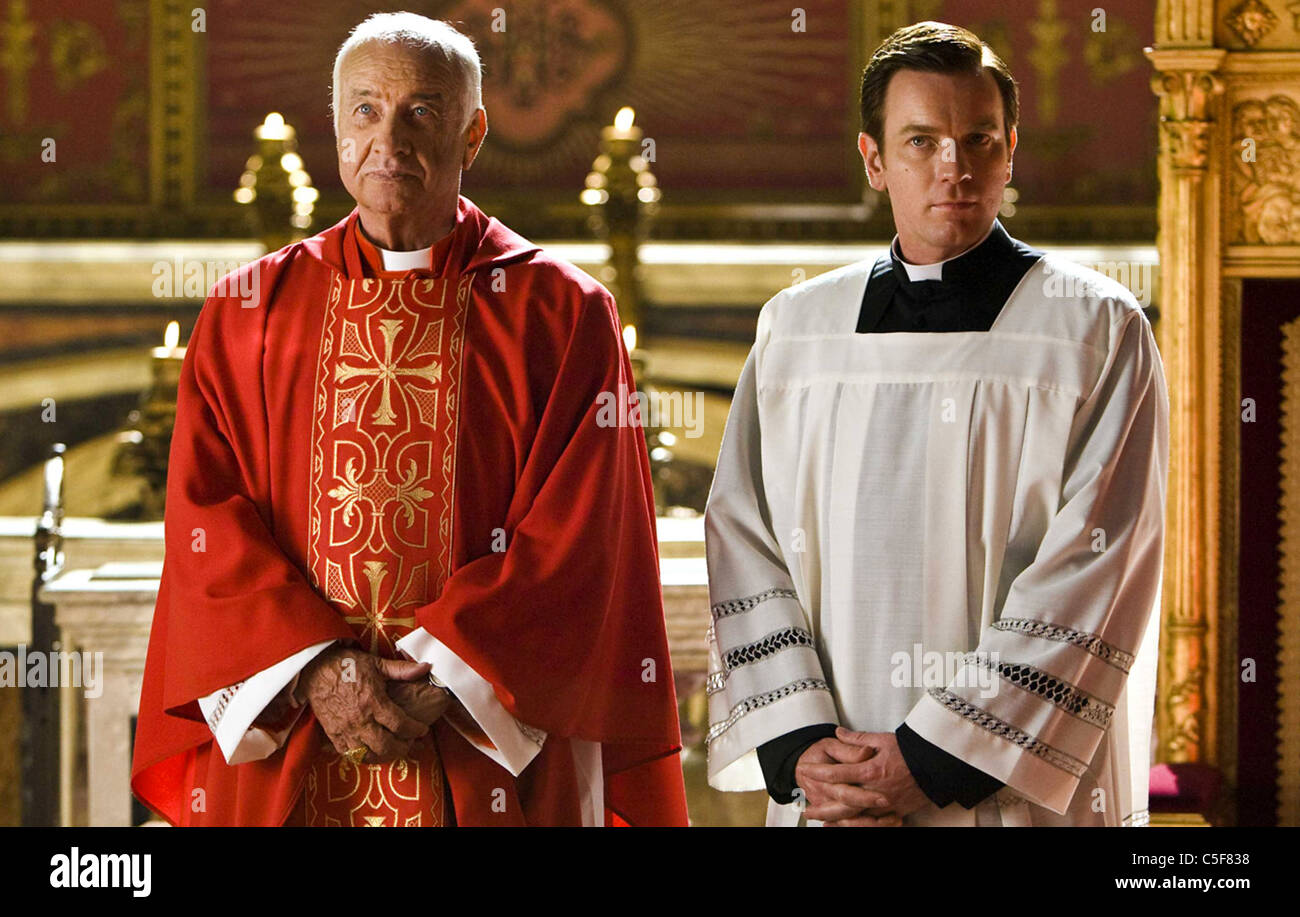 ANGELS AND DEMONS 2009 Columbia film with Ewan McGregor at right and Armin Mueller-Stahl - Stock Image