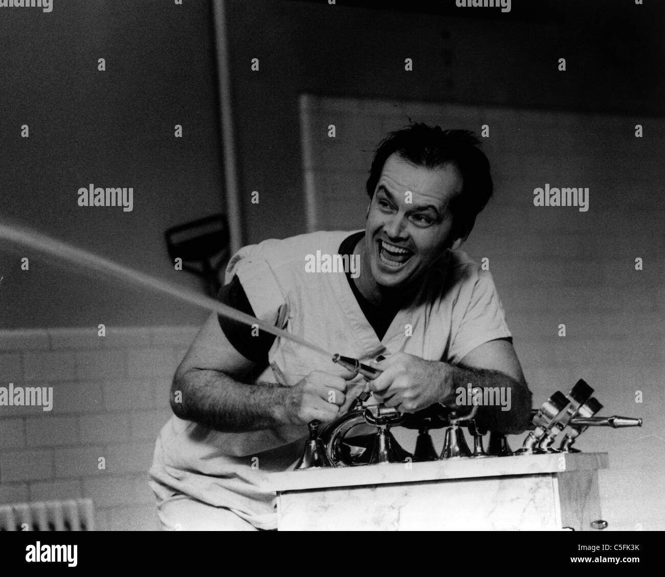 ONE FLEW OVER THE CUCKOO'S NEST(1975) JACK NICHOLSON OFC 001P MOVIESTORE COLLECTION LTD - Stock Image