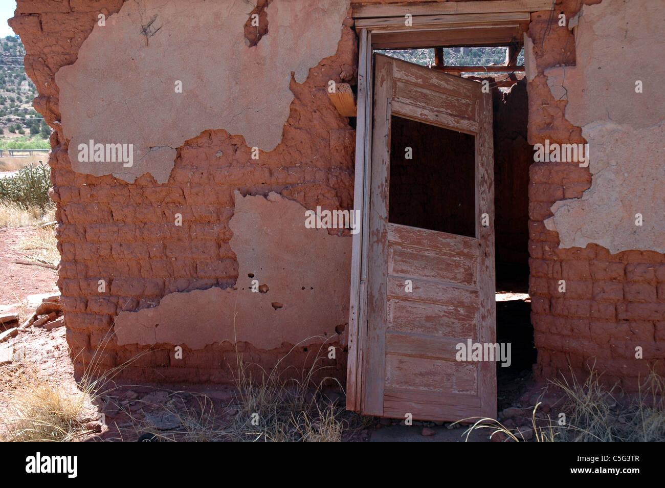 Adobe brick mexico stock photos adobe brick mexico stock for Mud brick kit homes