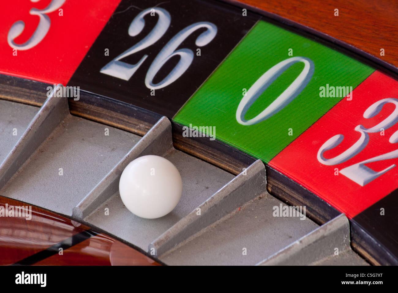 European Casino Roulette Wheel Ball Number 0 Zero Stock Photo Alamy