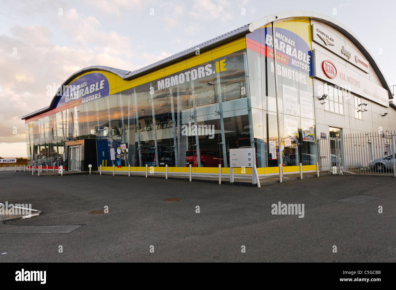 Michael Barrable Motors car dealership, Dublin - Stock Image