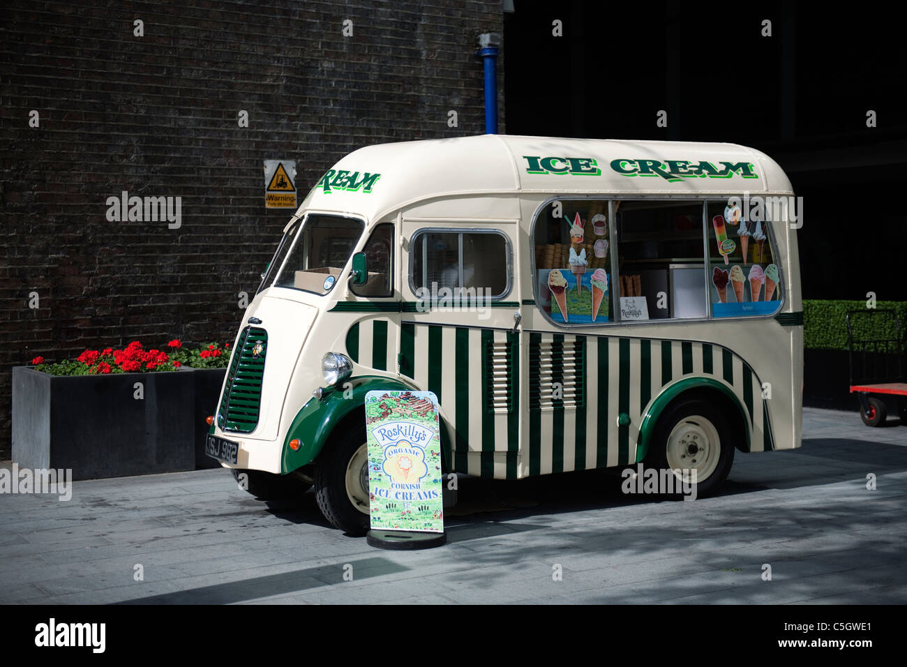 Ice Cream Van on The South Bank, London, UK - Stock Image