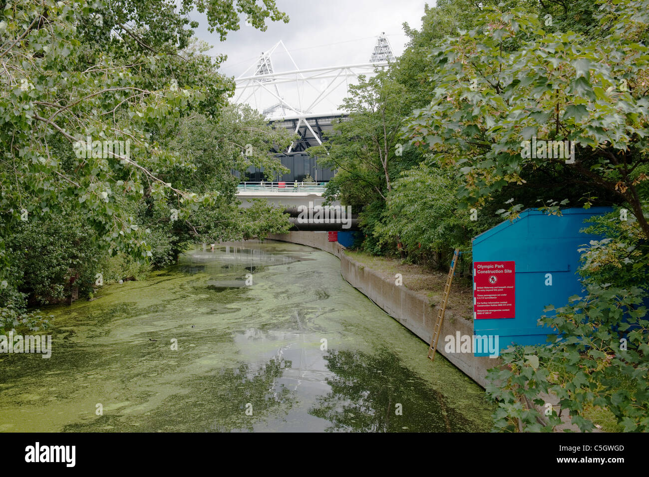 River Lea Closed at The Olympic Games Construction Site - Stock Image