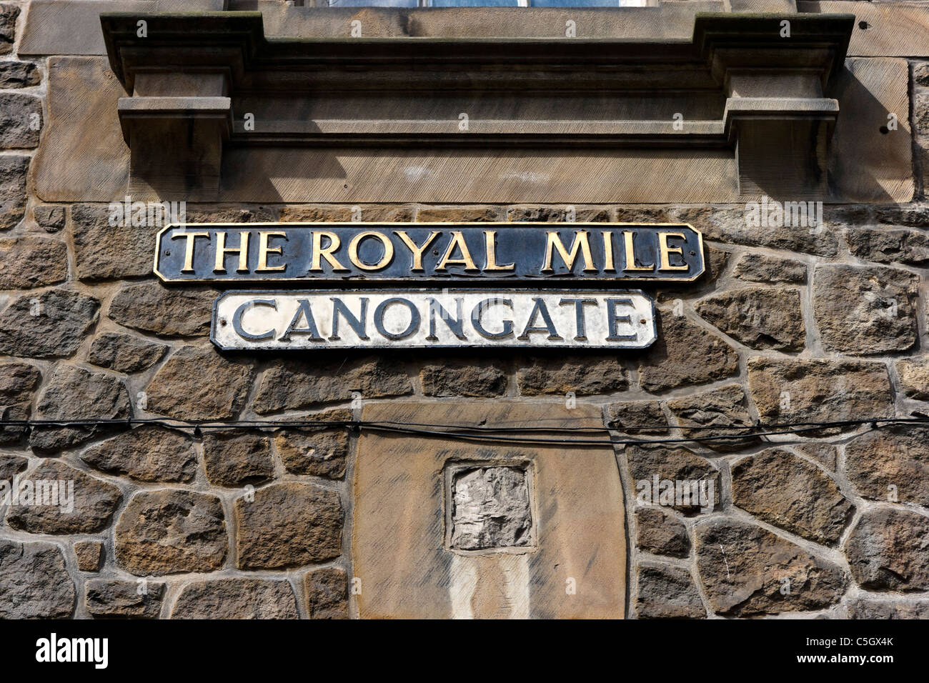 Street sign for Canongate on The Royal Mile, Old Town, Edinburgh, Scotland, UK - Stock Image