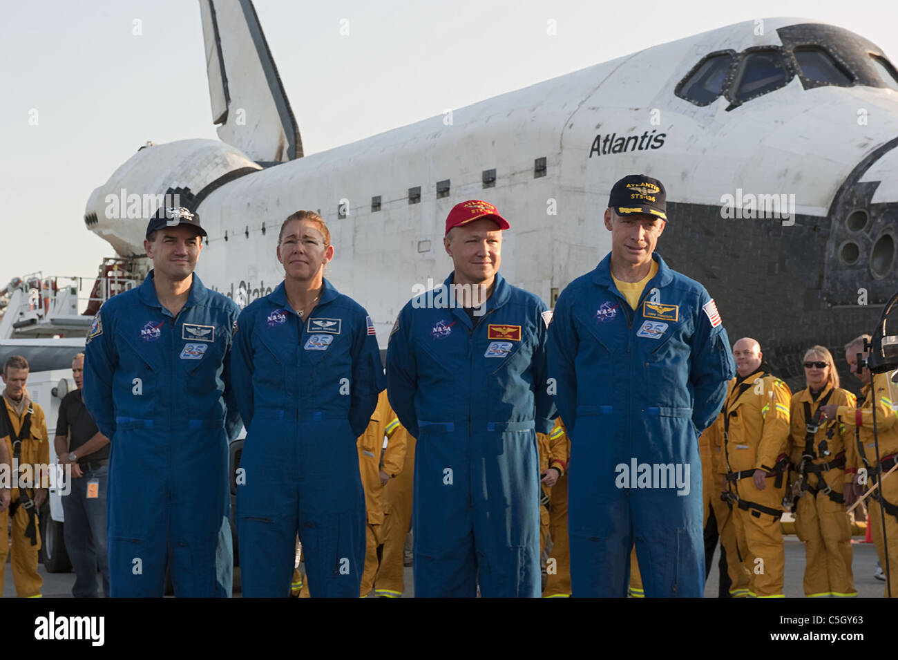 Atlantis Space Shuttle Stock Photos & Atlantis Space ...