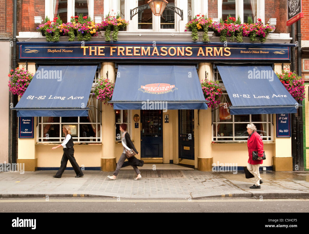 The Freemasons Arms, a Shepherd Neame pub in Covent Garden, London UK - Stock Image