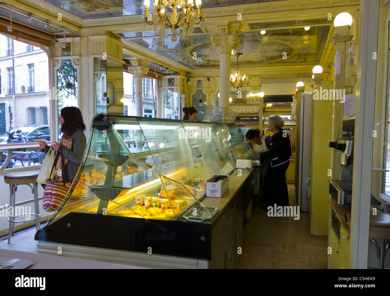 french bakery stores stock photos french bakery stores stock images alamy. Black Bedroom Furniture Sets. Home Design Ideas