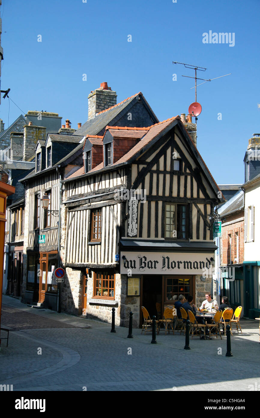 Wood-framed house, a french bar,  Domfront, Orne, Normandy, France - Stock Image