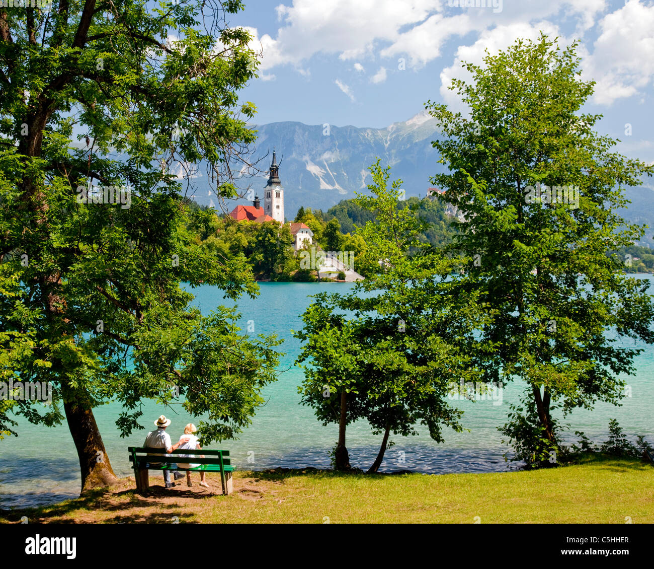 SLO - GORENJSKA REGION: Lake Bled and Island Church of the Assumption - Stock Image