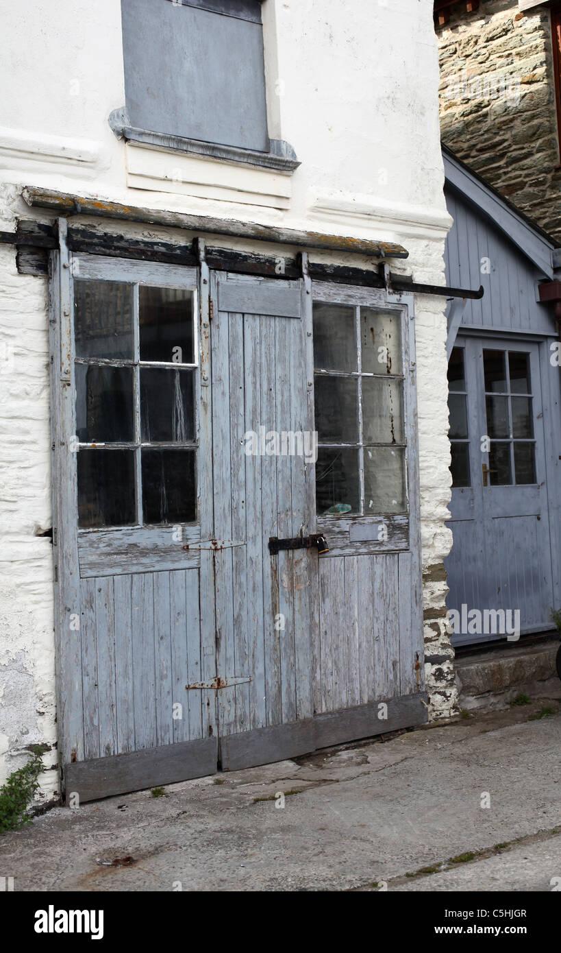 Old workshop doors & Workshop Doors Stock Photos \u0026 Workshop Doors Stock Images - Alamy