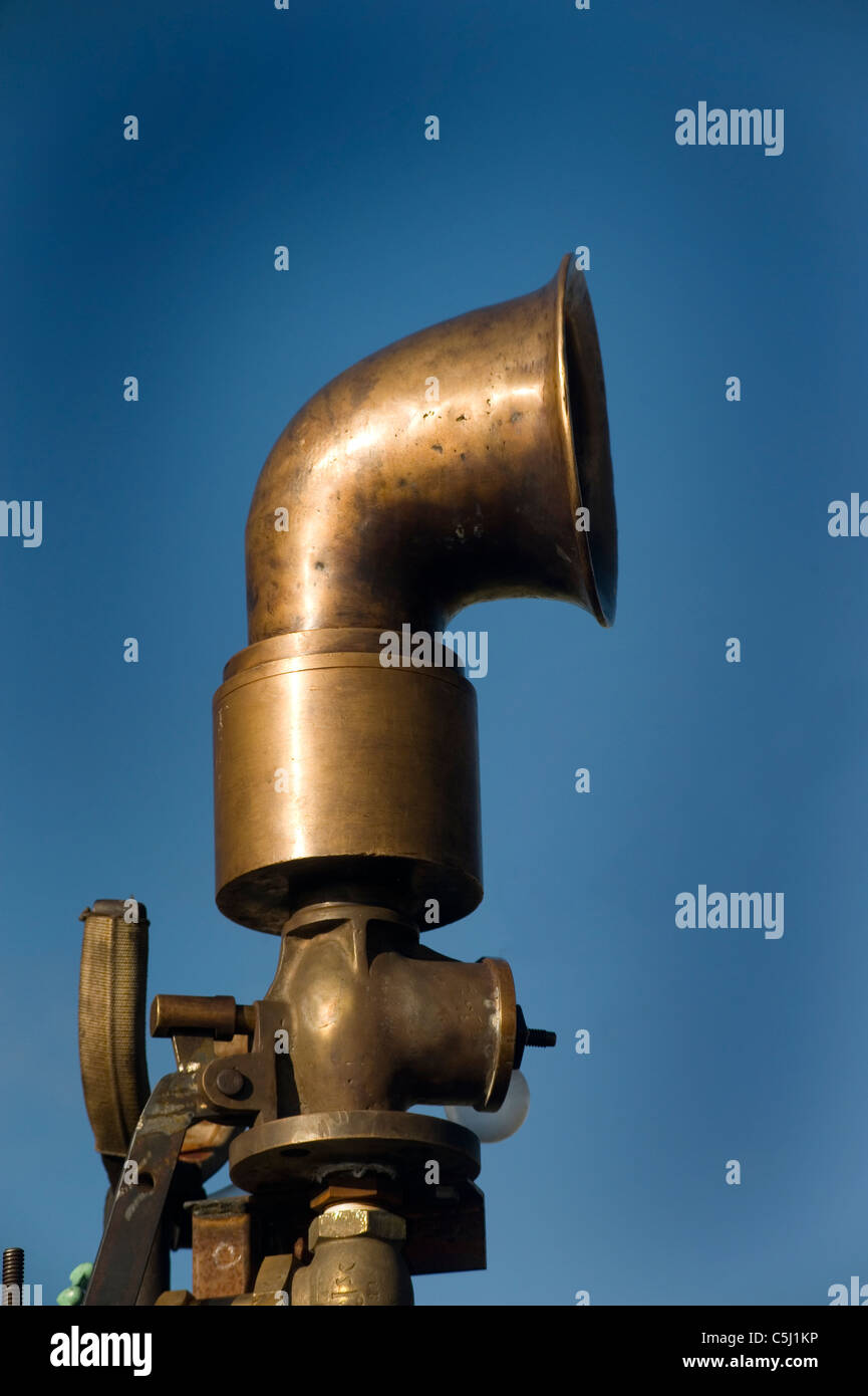 whistle horn on steam engine Stock Photo: 37890490 - Alamy