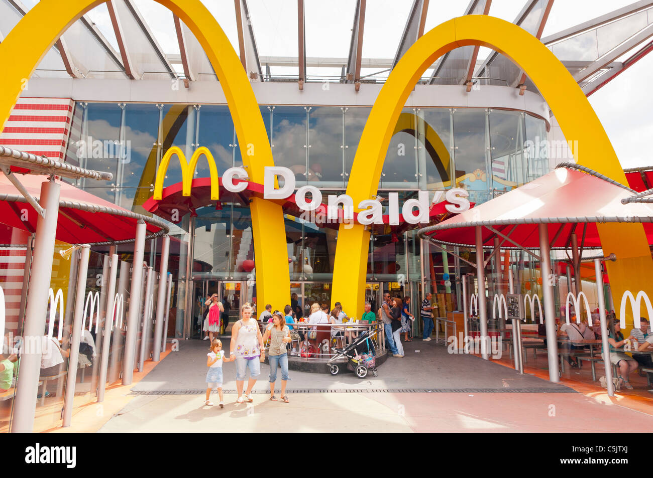 The Mcdonald's restaurant in Disney Village at Disneyland ...