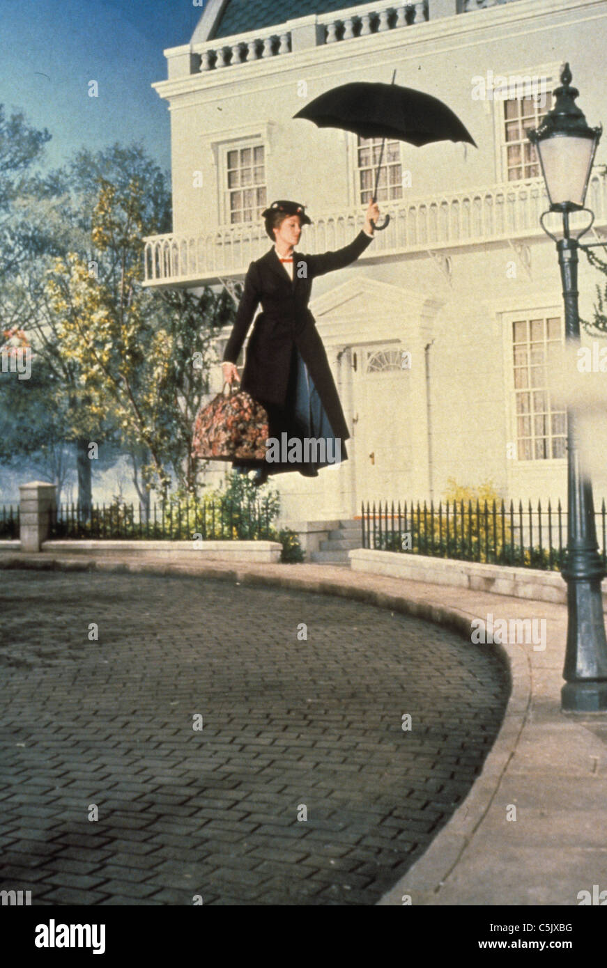 julie andrews in mary poppins,1964 - Stock Image