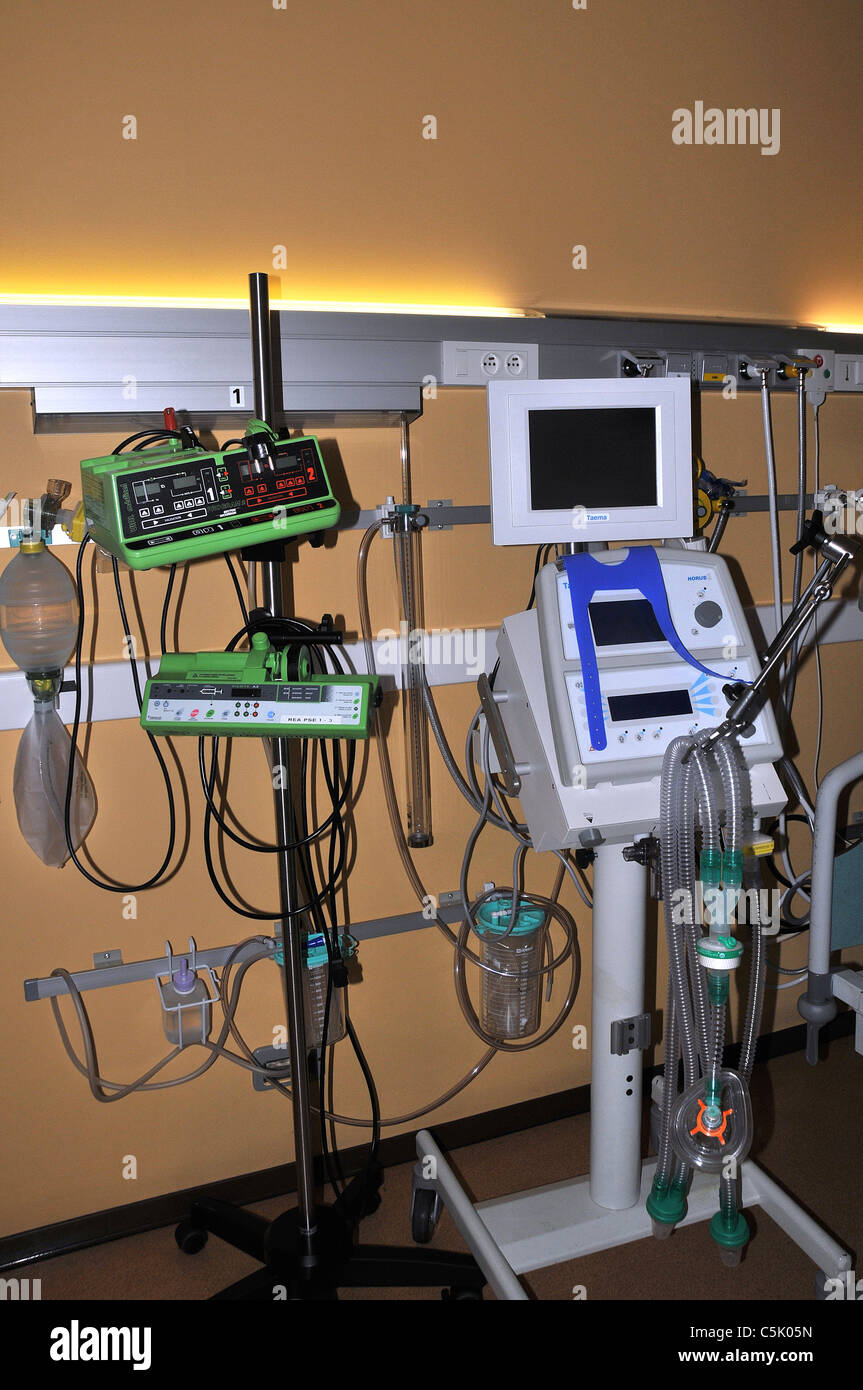 medecine material hospital room intensive care unit - Stock Image