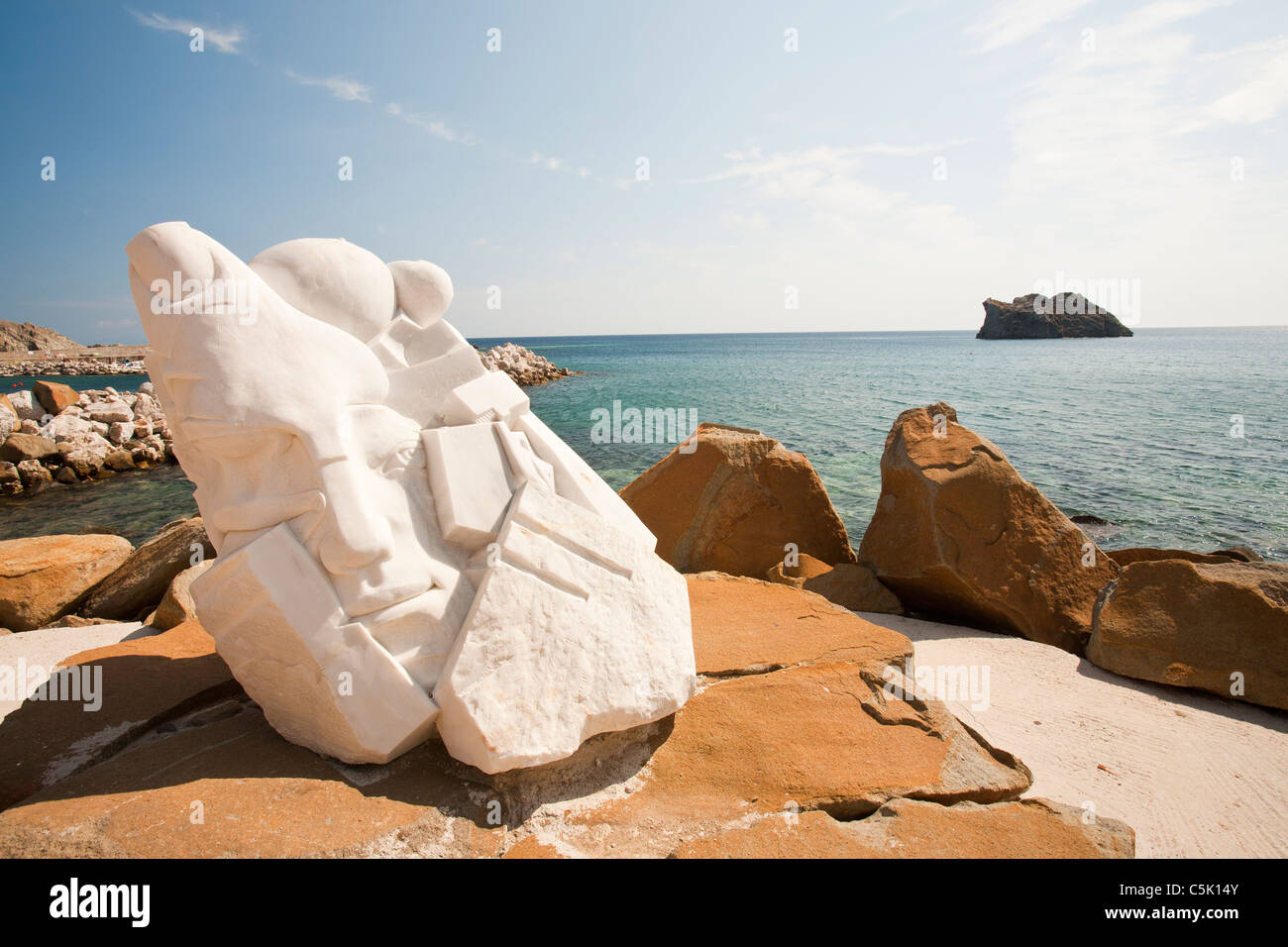 A sculpture of Sapho, on the sea front at Skala Eresou on Lesbos, Greece. - Stock Image
