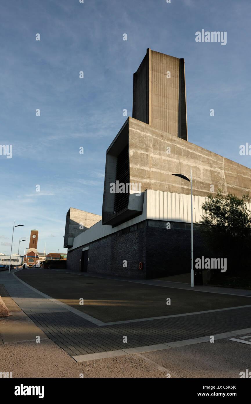 Merseyrail tunnel ventilation shaft at Seacombe - Stock Image
