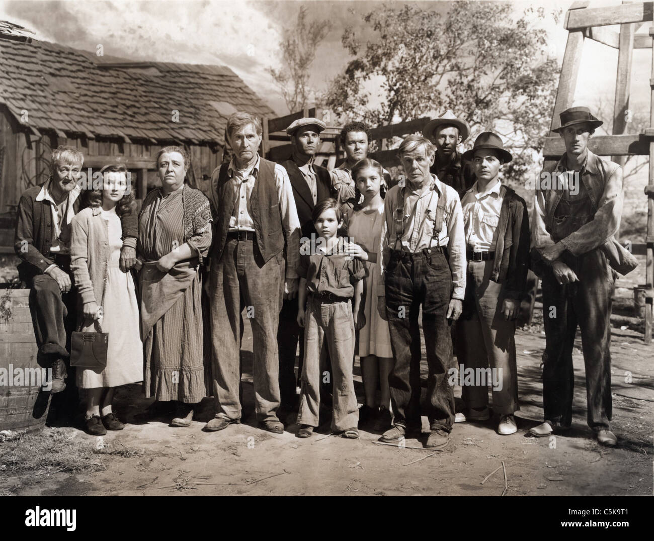 The Grapes of Wrath  Year: 1940 USA Director: John Ford Charley Grapewin, Dorris Bowdon,Jane Darwell, Russell Simpson, - Stock Image