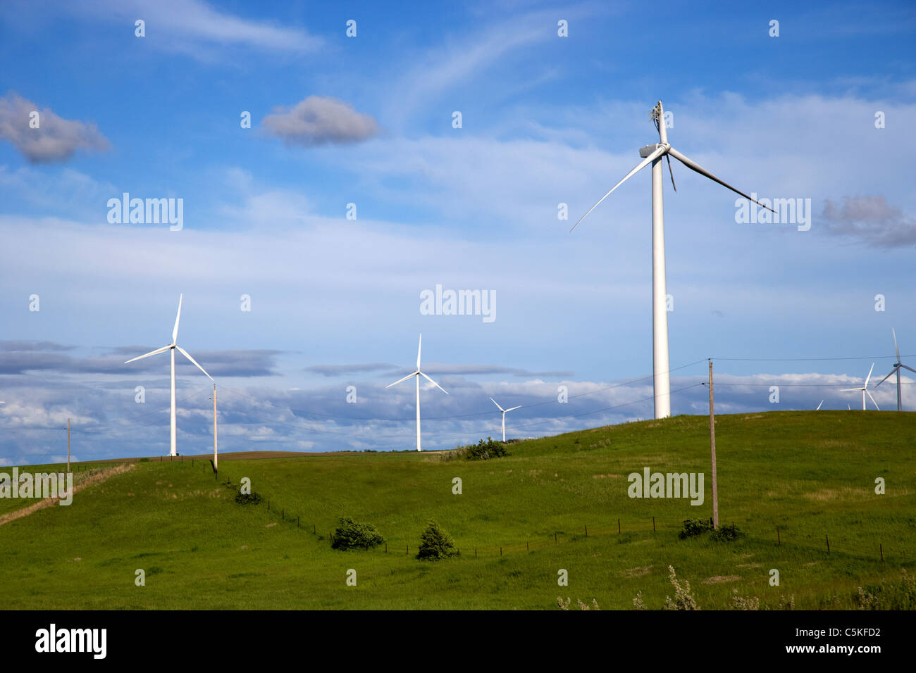 broken wind turbine blade on windmill wind farm near minot north dakota USA - Stock Image