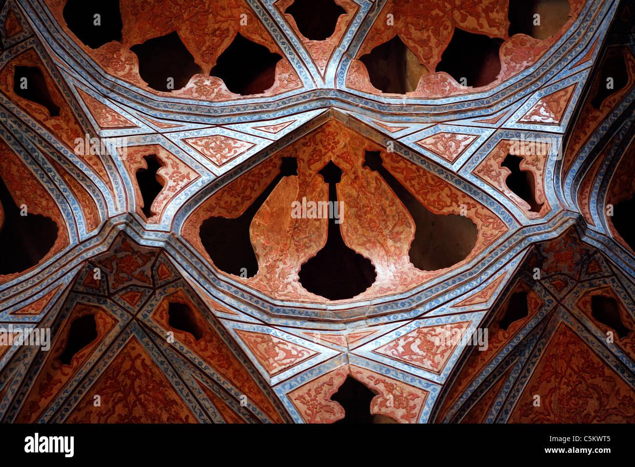 Ali Qapu palace (early 17th century), Imam square, Isfahan, Iran Stock Photo