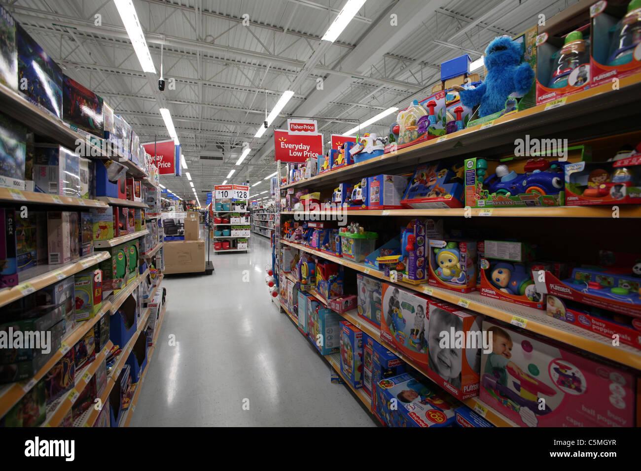 Walmart Supercentre Stock Photos & Walmart Supercentre ...