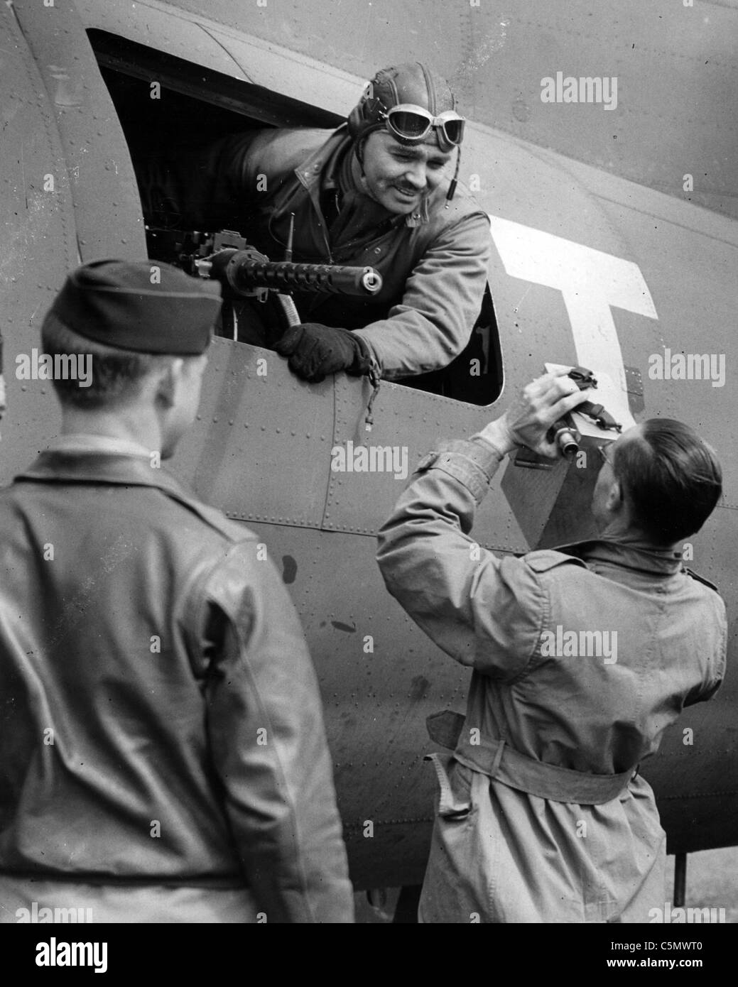 CLARK GABLE (1901-1960) US film actor at RAF Polebrook, England, in 1943 as an observer-air gunner with USAAF 351st - Stock Image