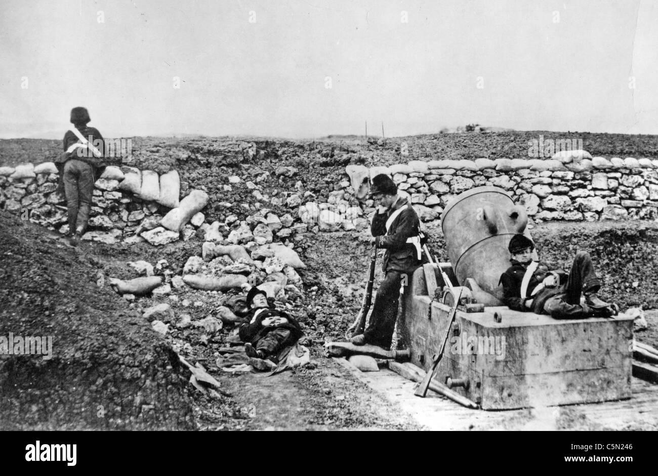CRIMEAN WAR (1853-1856) British mortar battery. Roger Fenton - Stock Image