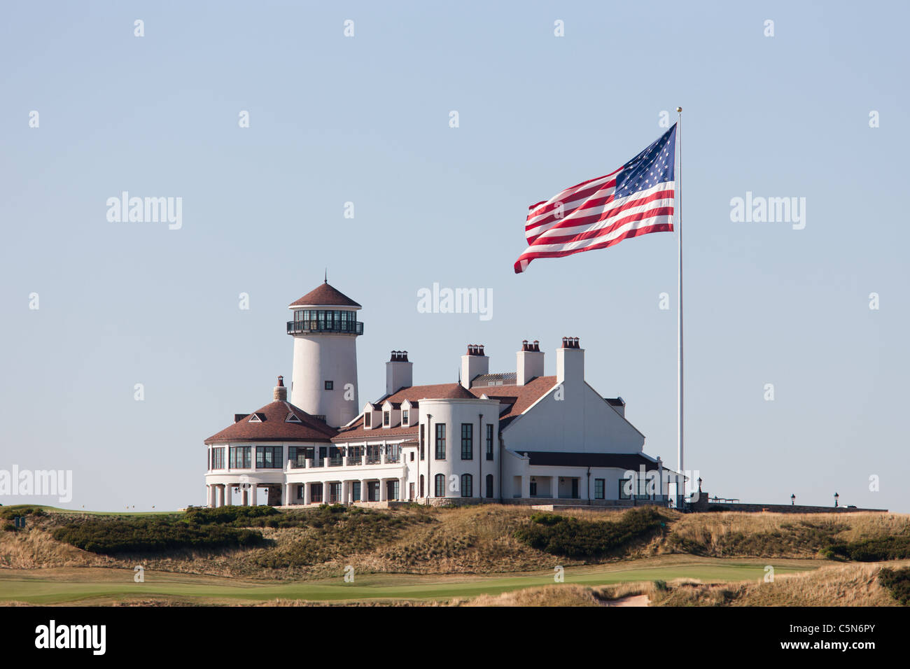 The clubhouse of the Bayonne Golf Club in Bayonne, New Jersey. - Stock Image