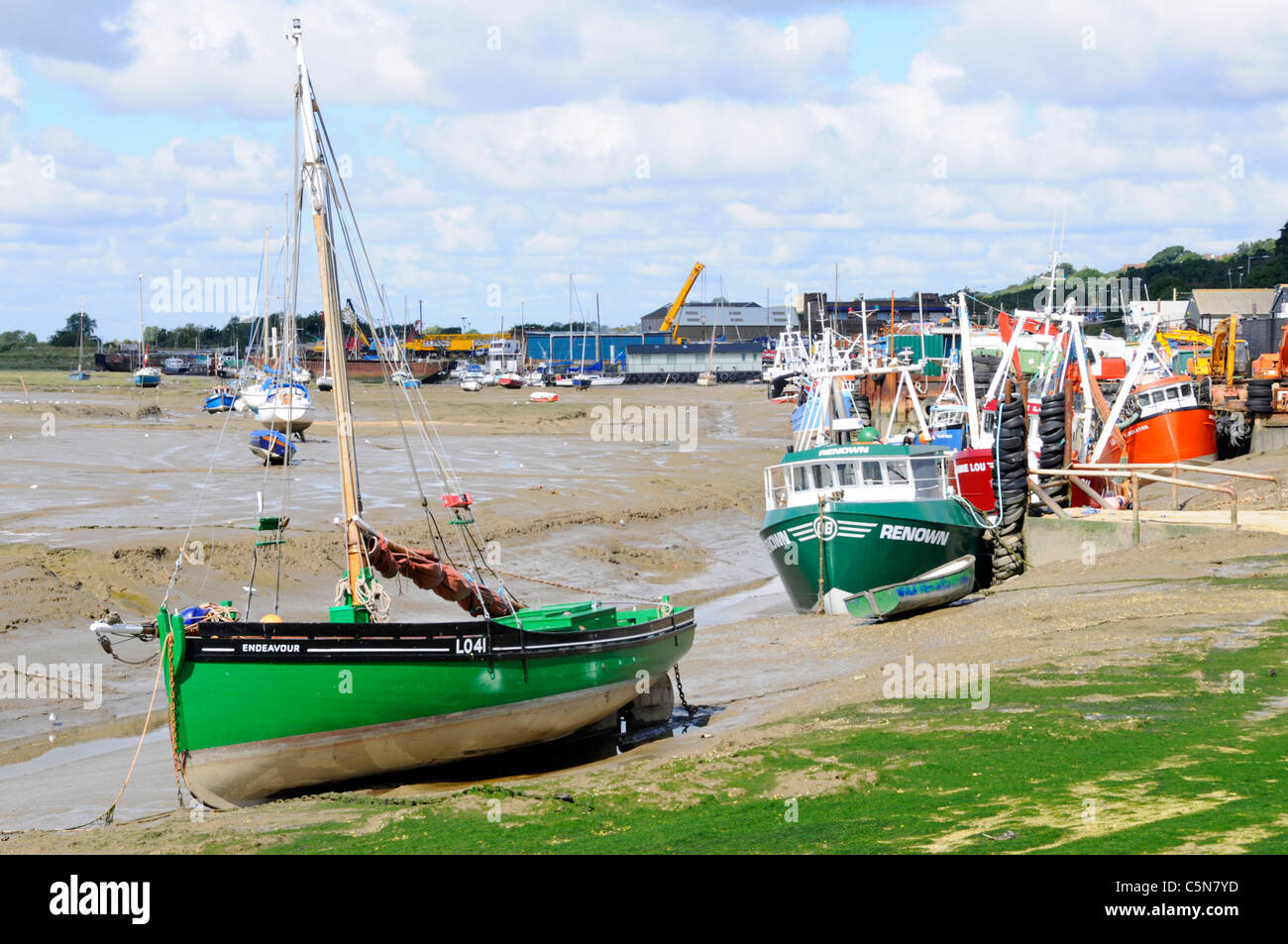 Historic restored cockle boat Endeavour LO41 world war 2 Dunkirk Little Ships River Thames Estuary low tide Leigh - Stock Image