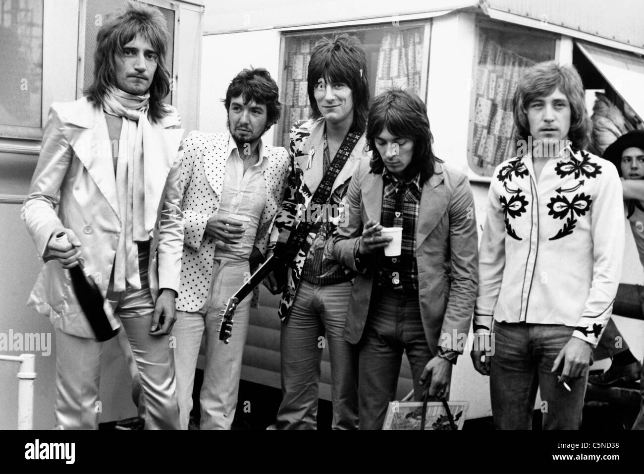 rod stewart, 1972, with the band face - Stock Image