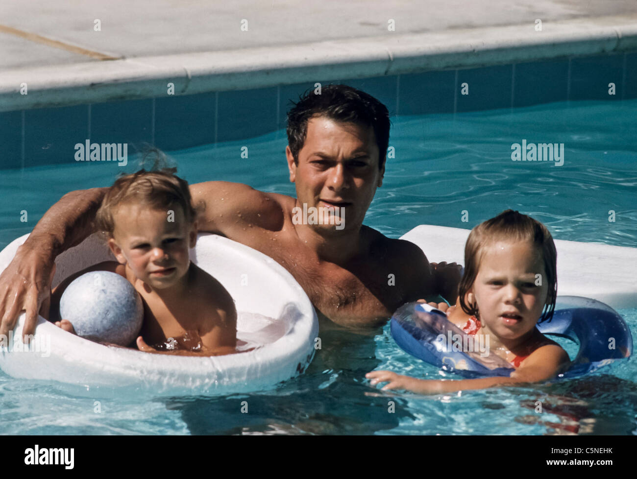 tony curtis with his sons - Stock Image