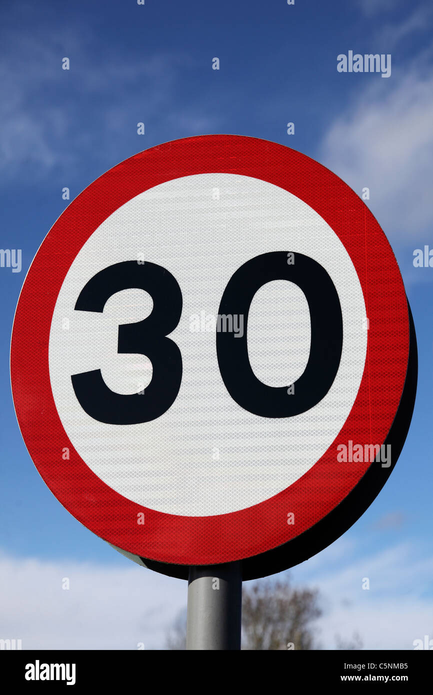 Highway code 30 Miles Per Hour road sign - Stock Image