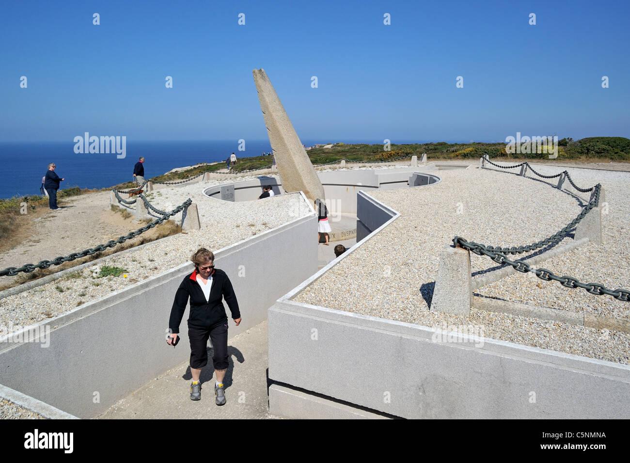 Tourists visiting the Memorial de L'Aéronautique Navale at the Cap de la Chèvre, Finistère, Brittany, - Stock Image