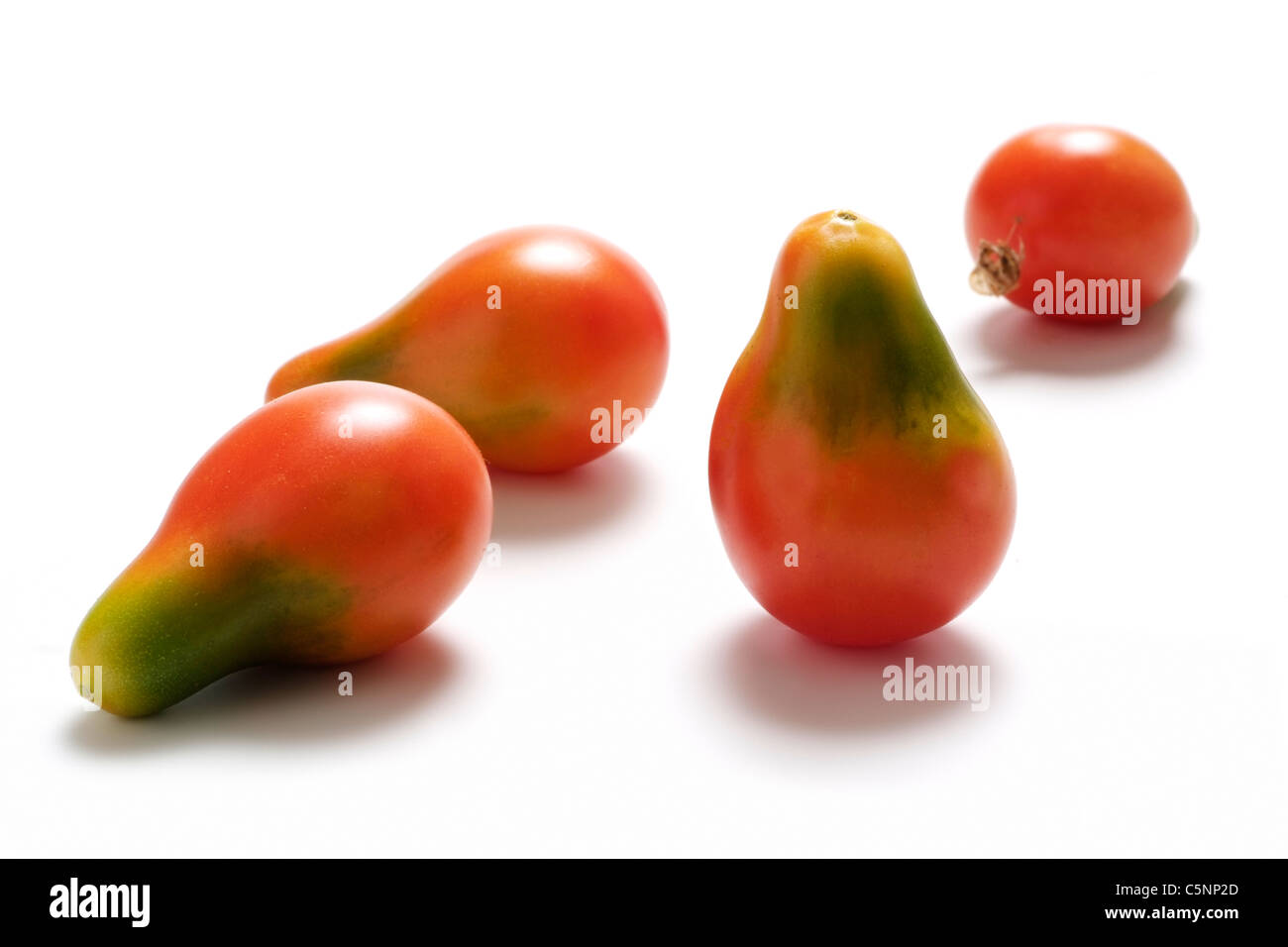 Tomato varieties: pear shaped red cherry tomato - Stock Image